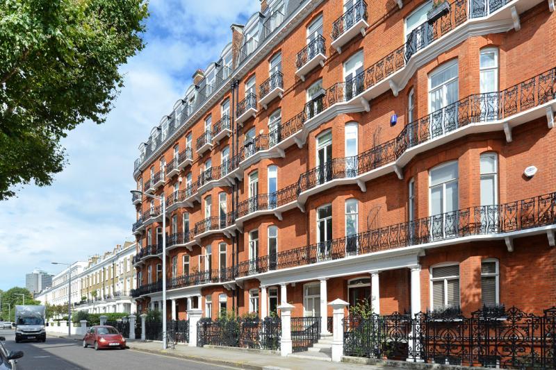 4 Bedroom Flat For Sale Drayton Gardens London Sw10 9rx
