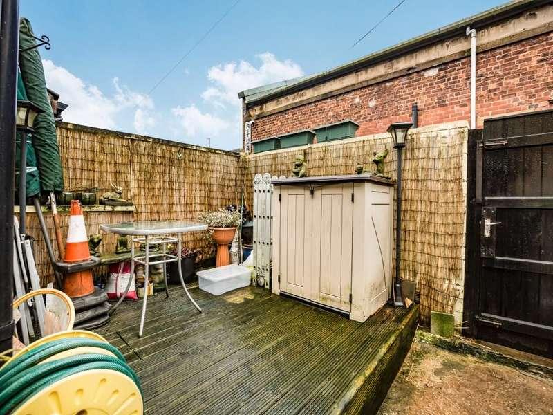 2 Bedroom Property For Sale Blackburn Road Darwen Bb