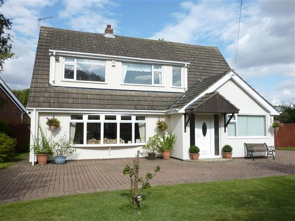 5 Bedroom Detached House For Sale Pelham Avenue Scartho Grimsby Dn Brigsley Dn37 0rf