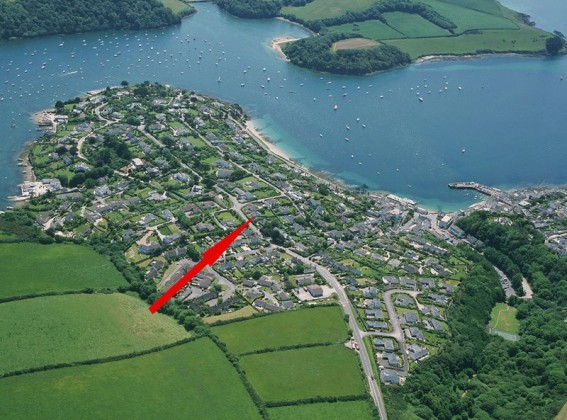 3 Bedroom Bungalow For Sale Polvarth Road St Mawes