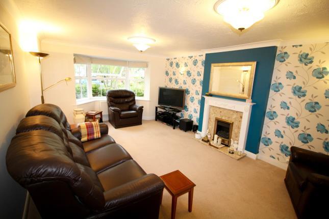 4 bedroom detached house for sale harrison close for Greens dining room zetland road bristol