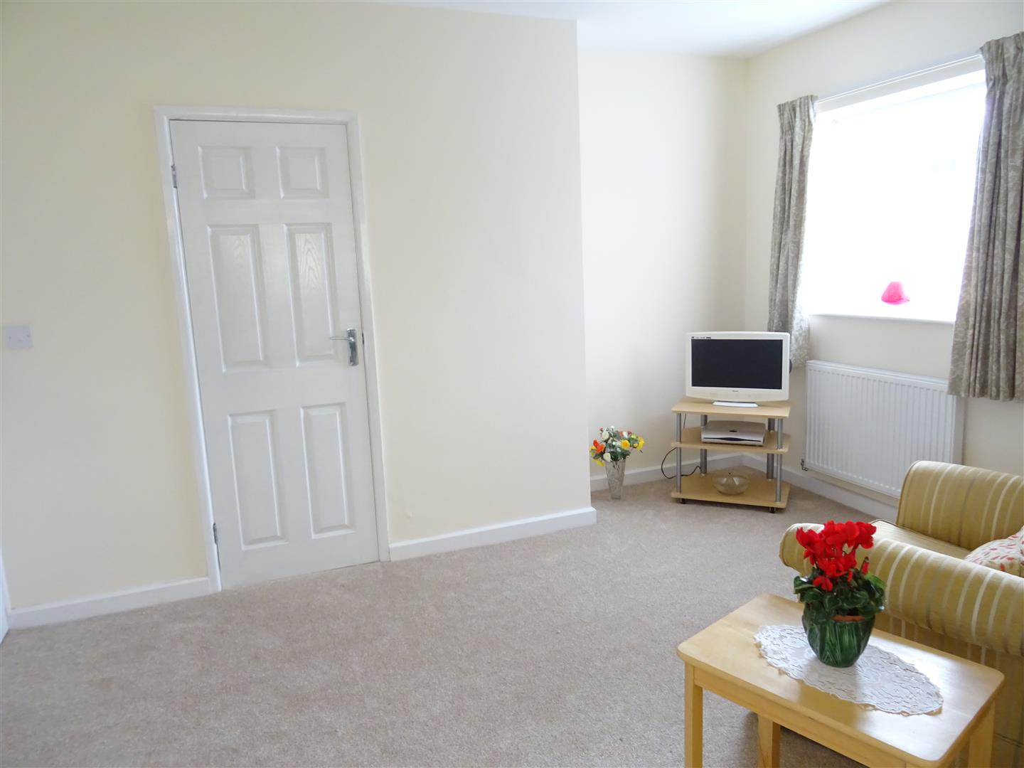 Rewire A Three Bedroom House Data Wiring Diagrams Average Cost Of Rewiring Bed 3 Detached Bungalow For Sale Peterfield Road To
