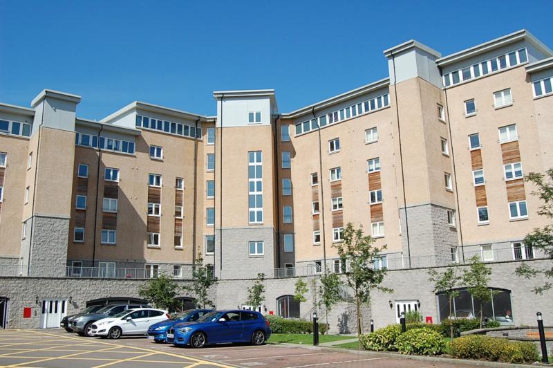 2 Bedroom Flat To Rent In Aberdeen City Centre 2 Bedroom