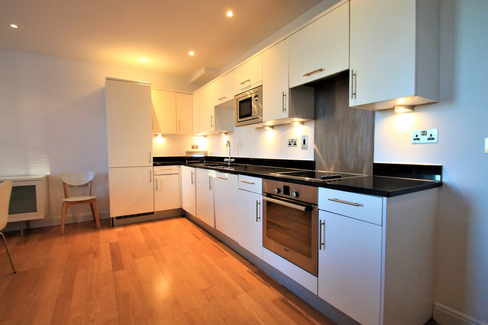 Foyer Apartments Clapham South : Bedroom flat to rent latitude apartments clapham south