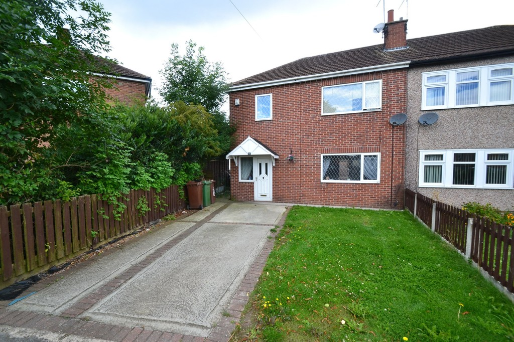 Hinds Garage Cars For Sale: 3 Bedroom Semi-detached House For Sale, Hinds Crescent