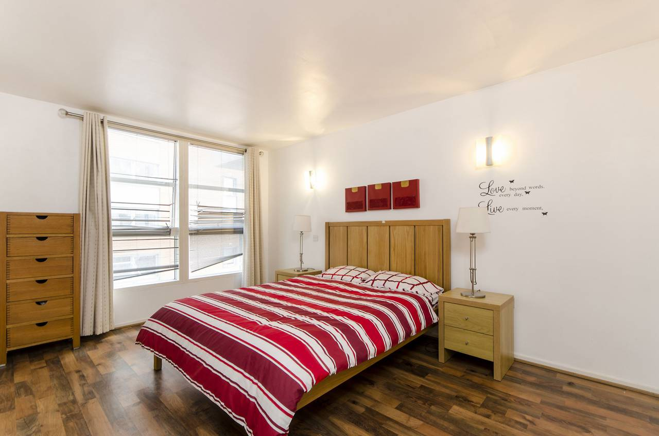 2 bedroom flat to rent corona building canary wharf e 2 bedroom flat in canary wharf to buy