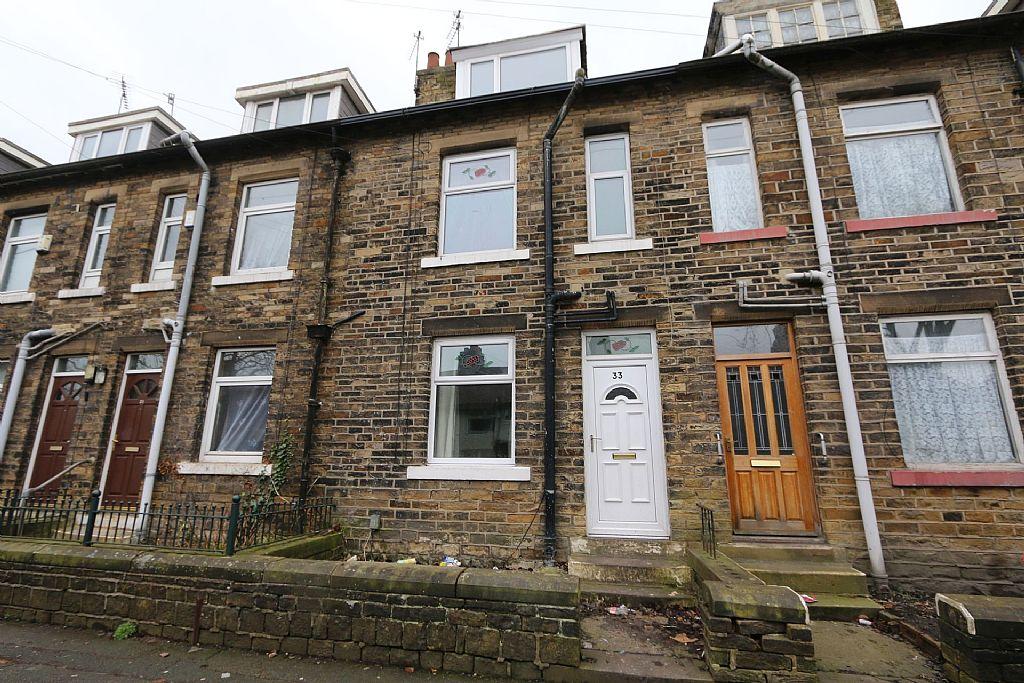 Yorkshire Terrace: 3 Bedroom Terraced House For Sale, Carr Street, Bradford