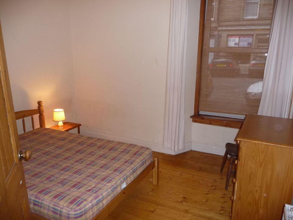 Bed Flat Edinburgh September