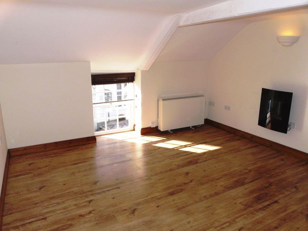 Recently Rent Property Wotton Under Edge