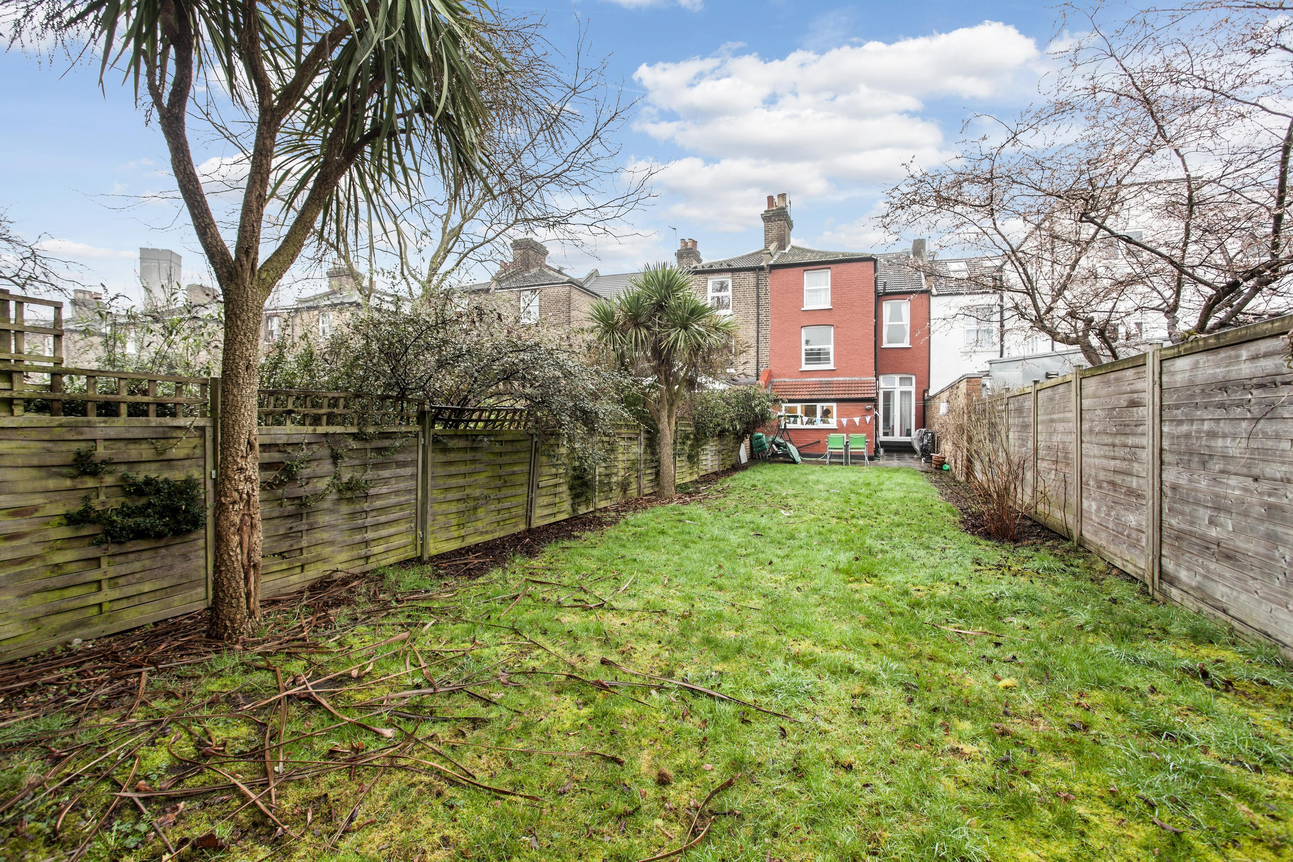 Properties For Sale In Stoke Newington London