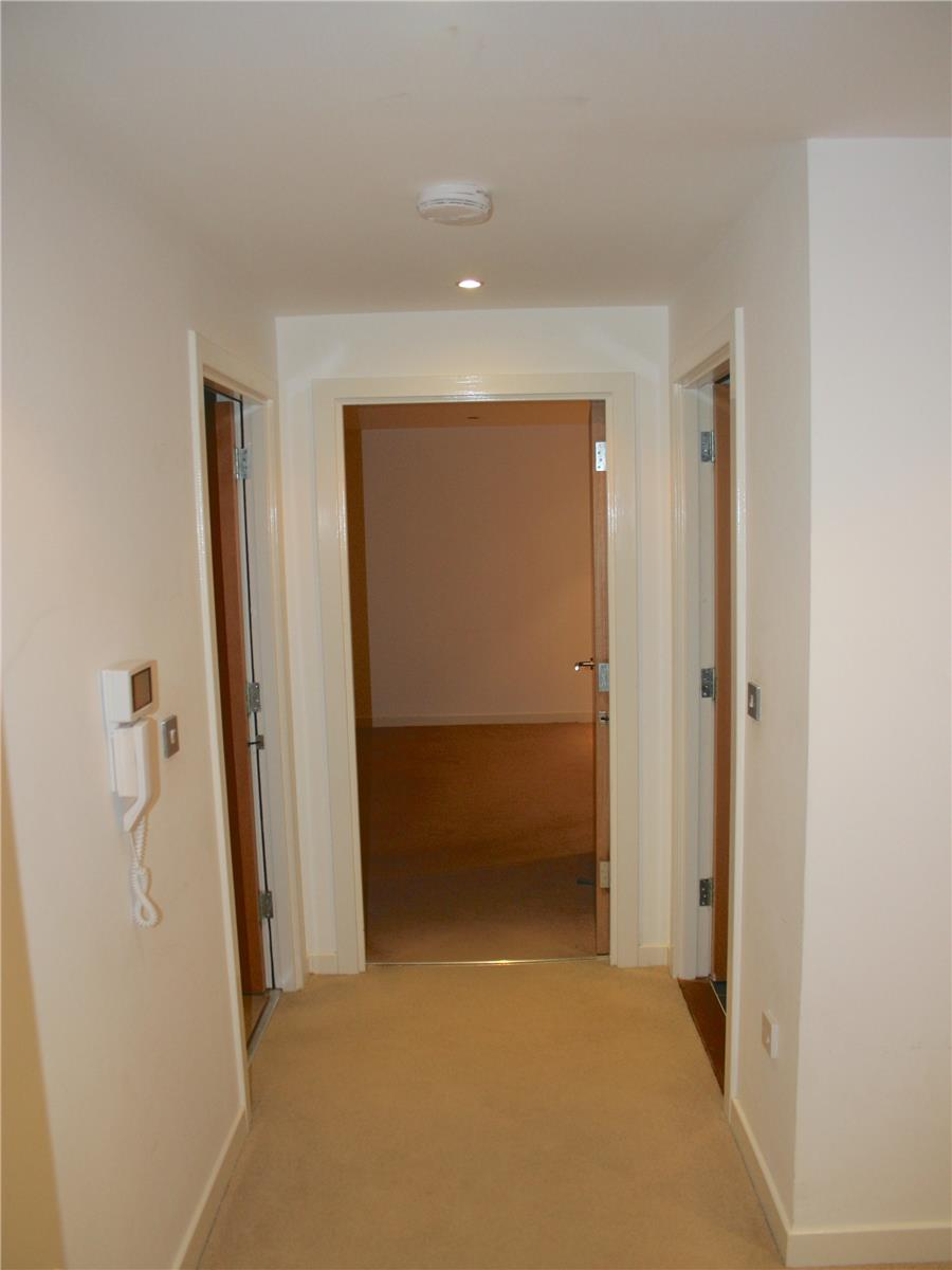 2 Bedroom Flat To Rent Western Harbour Midway The Shore Edinburgh Eh6 6pt