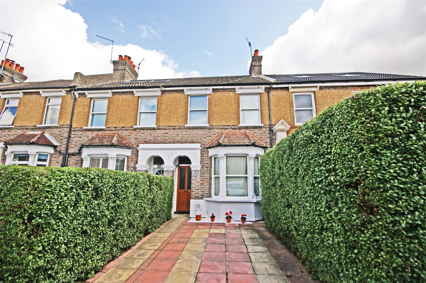 3 Bedroom Terraced House For Sale Monson Road Redhill Surrey Rh1 2ey