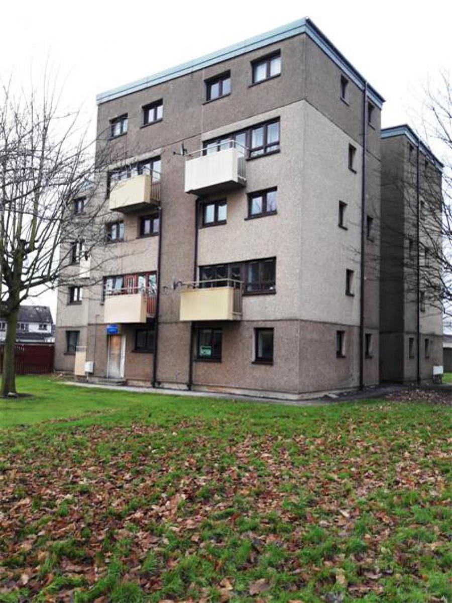 1 bedroom flat to rent kersiebank avenue grangemouth for Chantry flats cabins rental