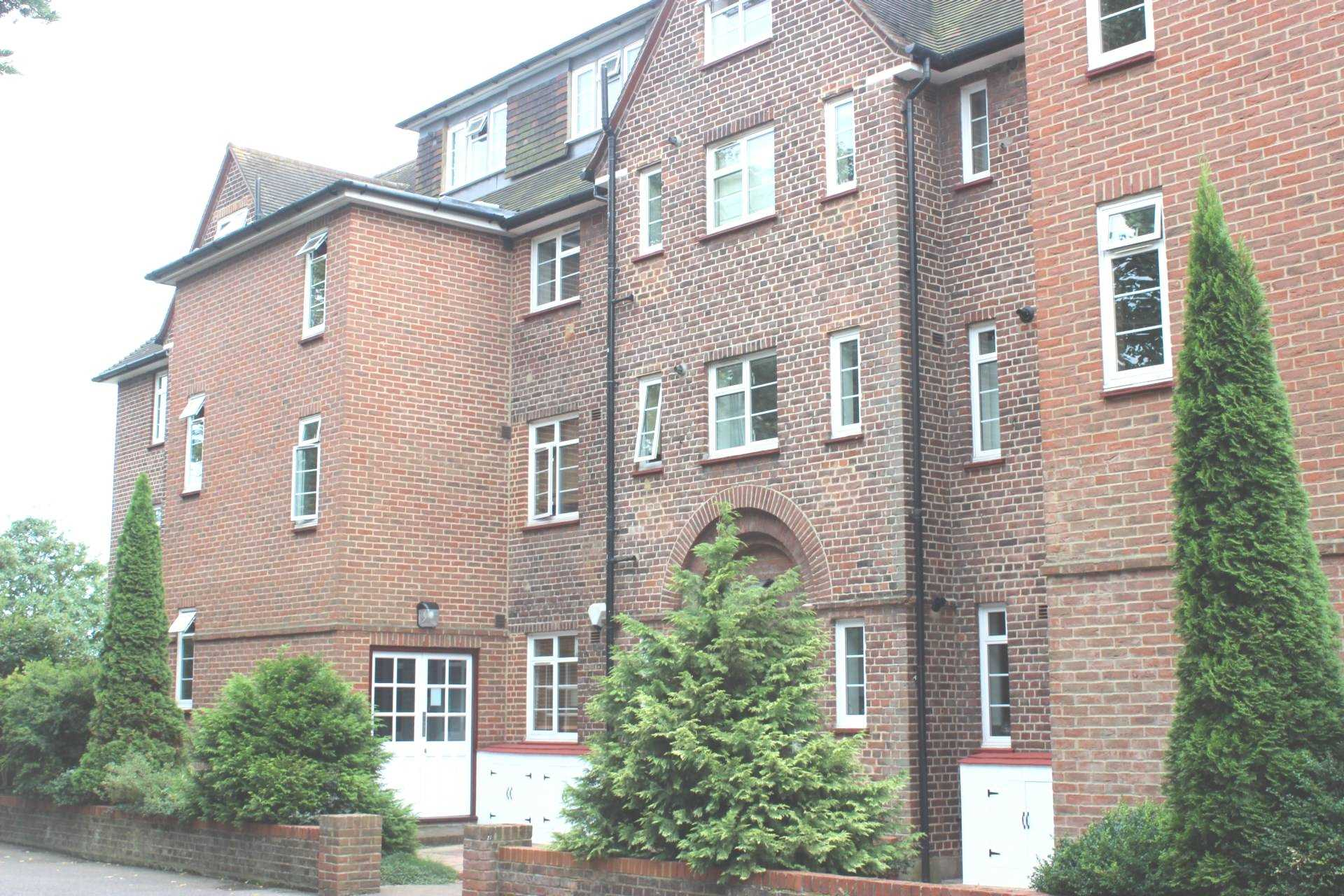 2 Bedroom Apartment To Rent Tyler House Wat Tyler Road London Se3 0rf