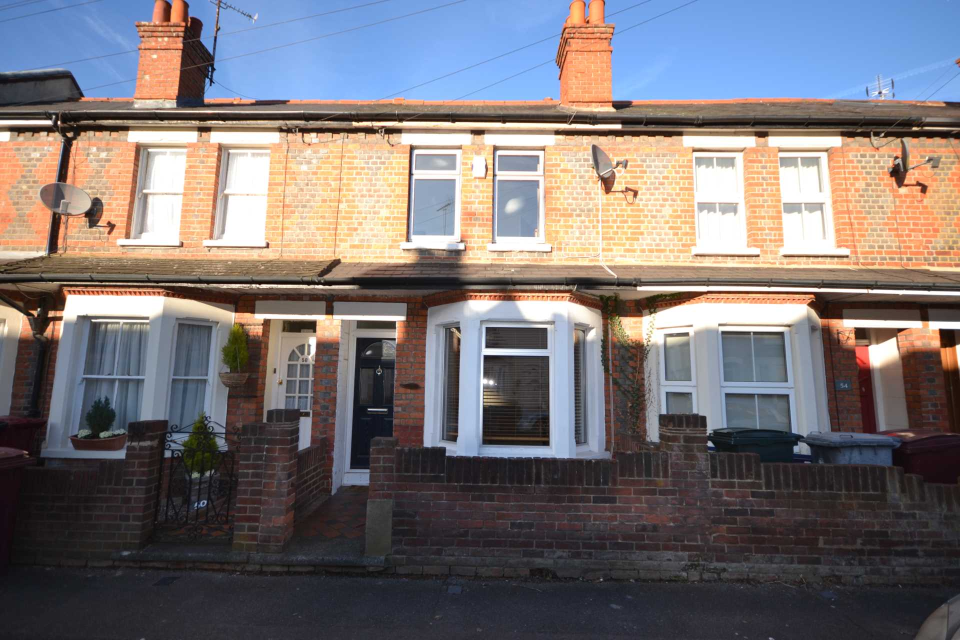 3 Bedroom Terraced House For Sale Queens Road Reading Rg4 8dl