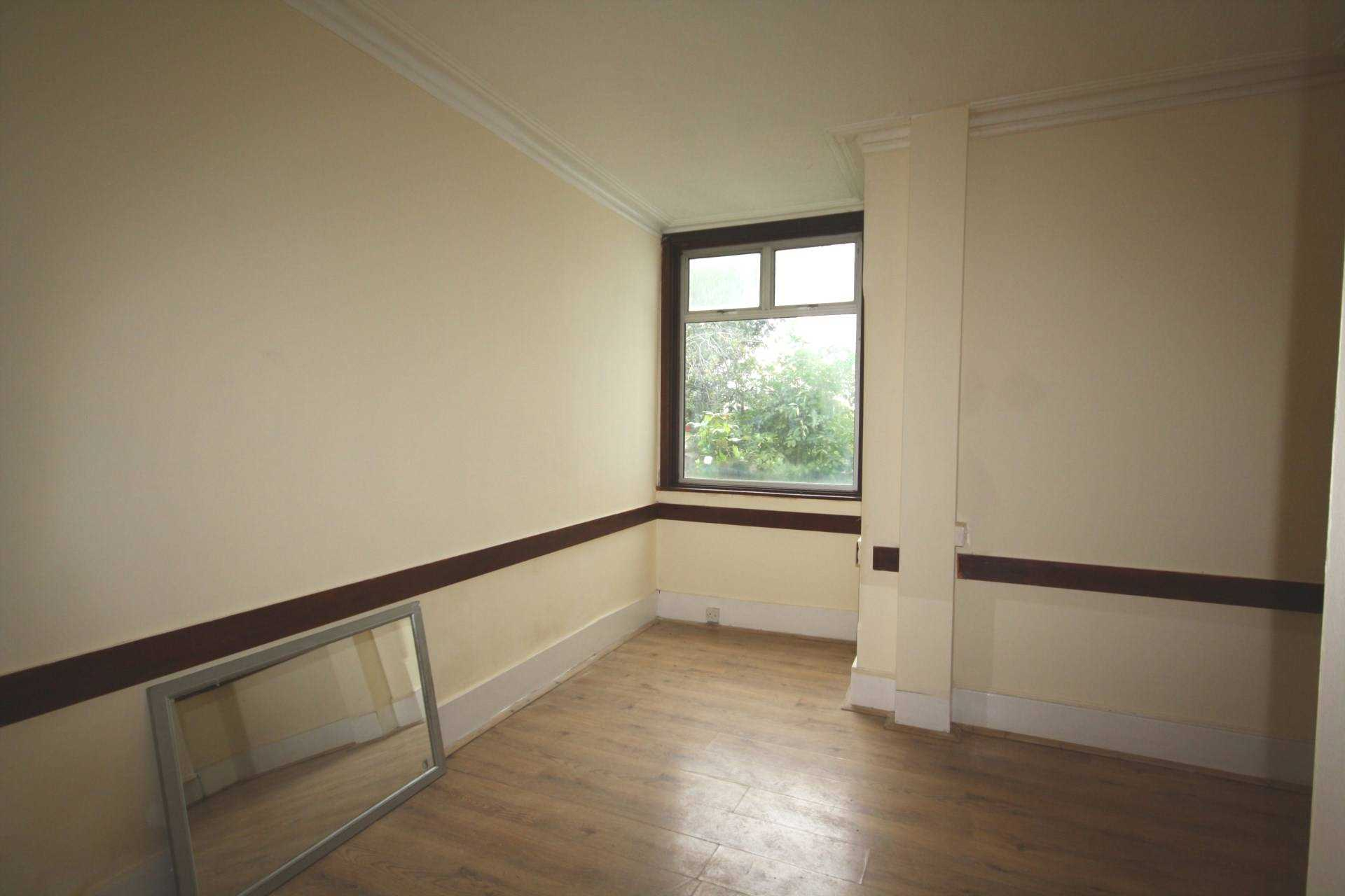 2 Bedroom Flat To Rent Warrior Square Southend On Sea Ss1 2jj