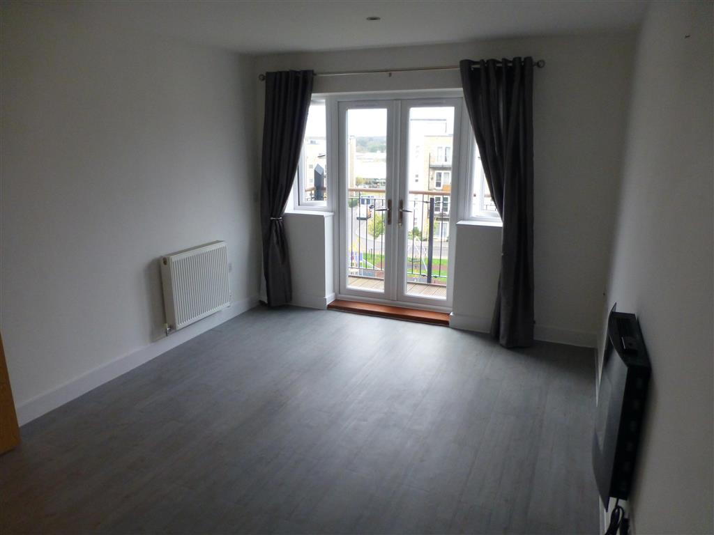 2 Bedroom Flat To Rent Hut Farm Place Eastleigh So53 3lr