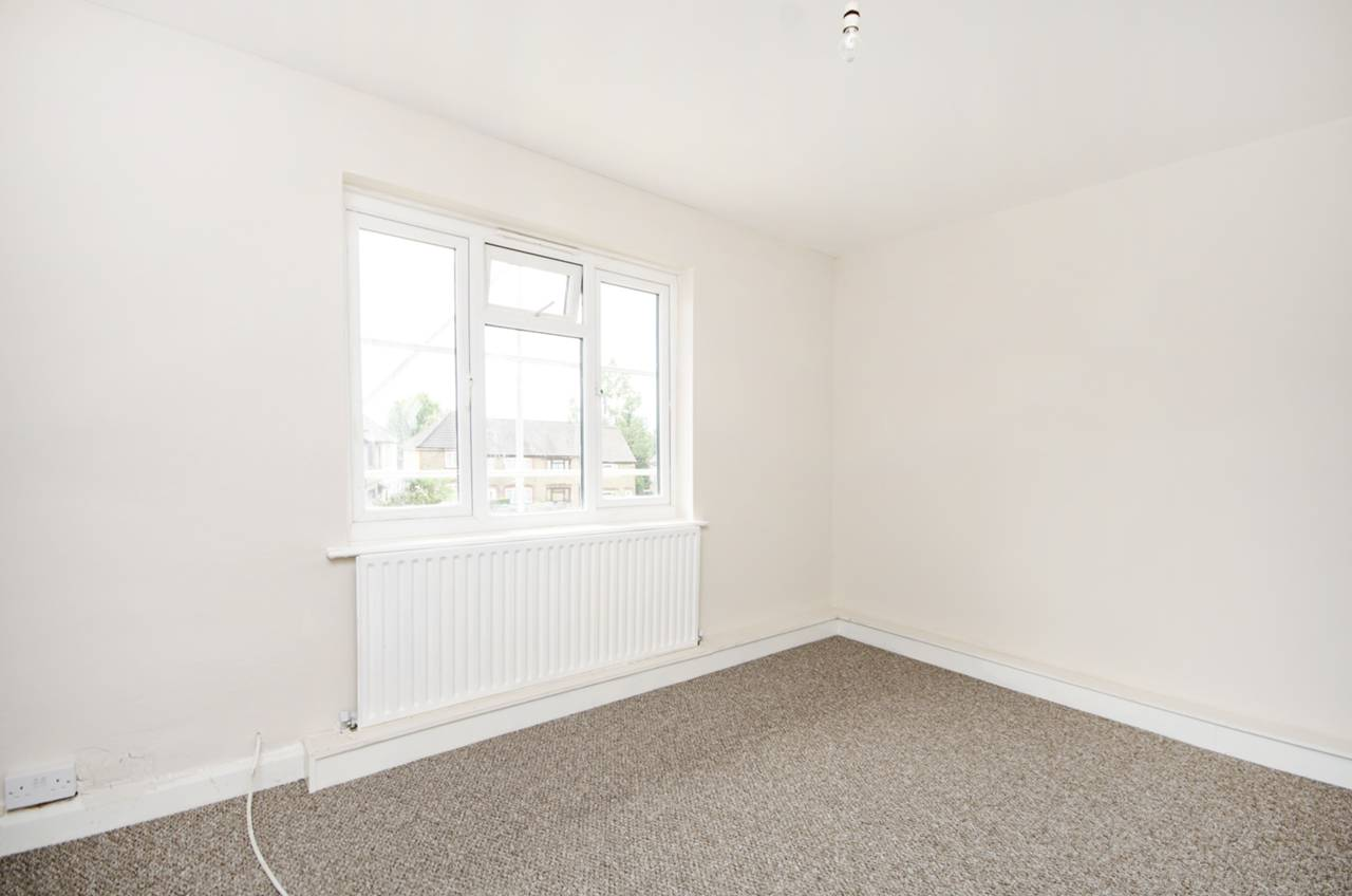 2 bedroom flat to rent, Clitterhouse Road, Cricklewood, NW, NW2 1DL