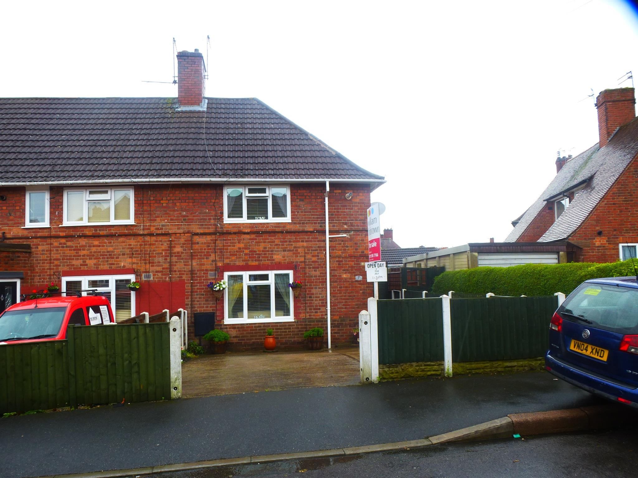 2 bedroom end of terrace house for sale langham avenue