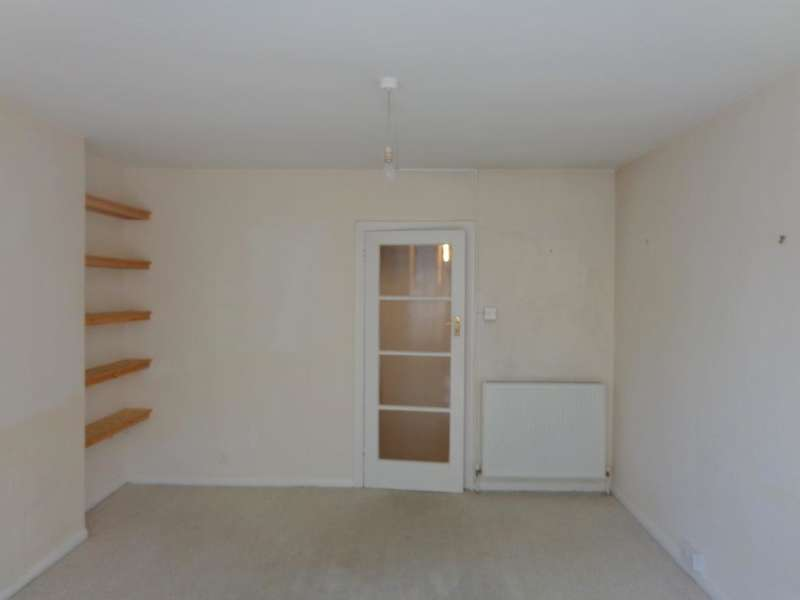 1 bedroom apartment to rent chichester place brighton for Room to rent brighton