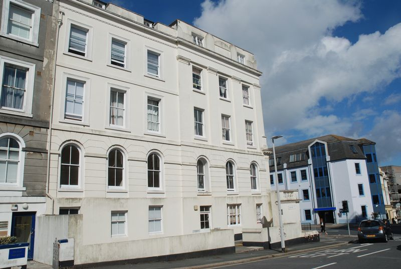 3 Bedroom Flat To Rent Lockyer Street Plymouth Pl Pl1 2qh
