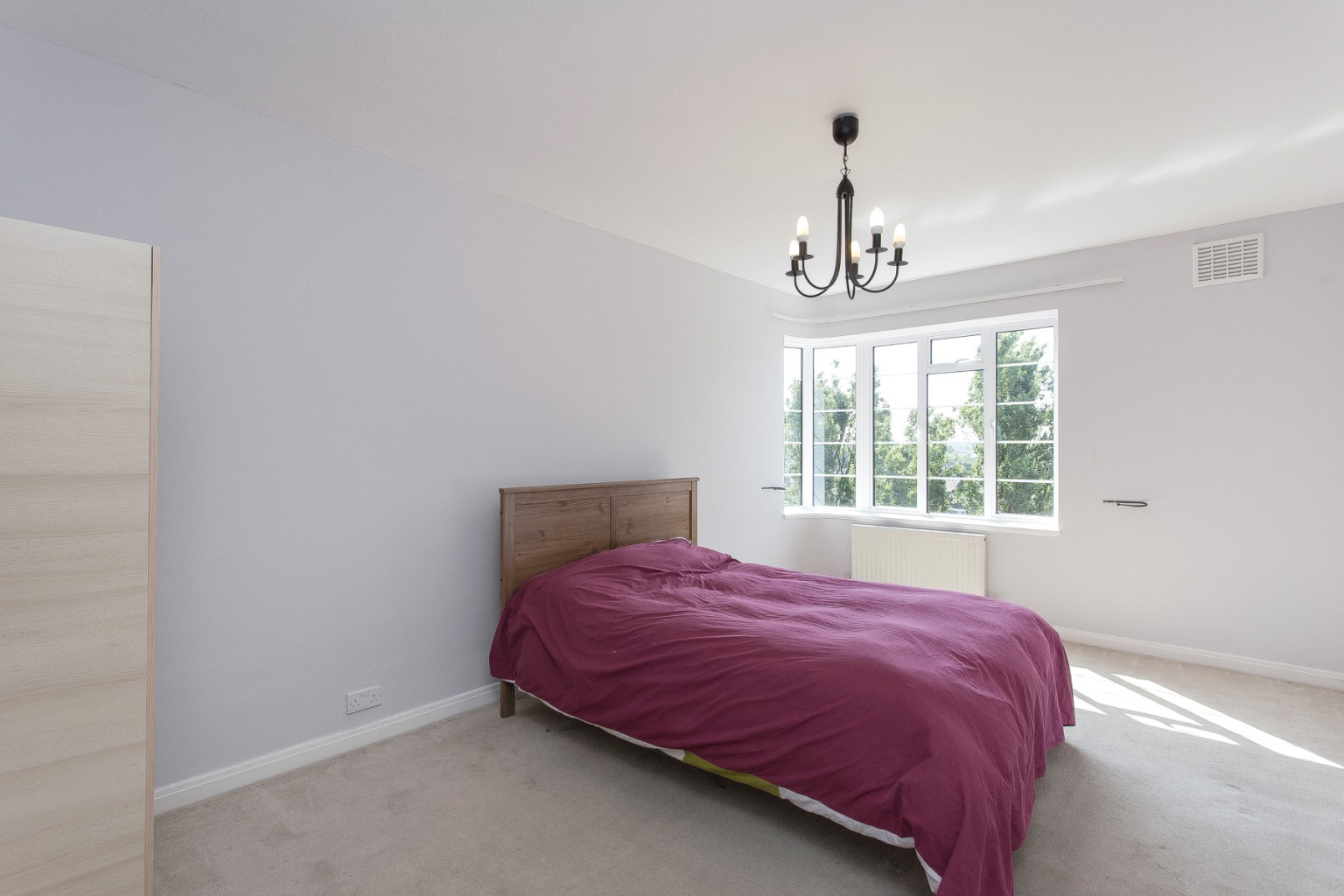 2 Bedroom Flat To Rent Langham Court Wyke Road London Sw20 8rr