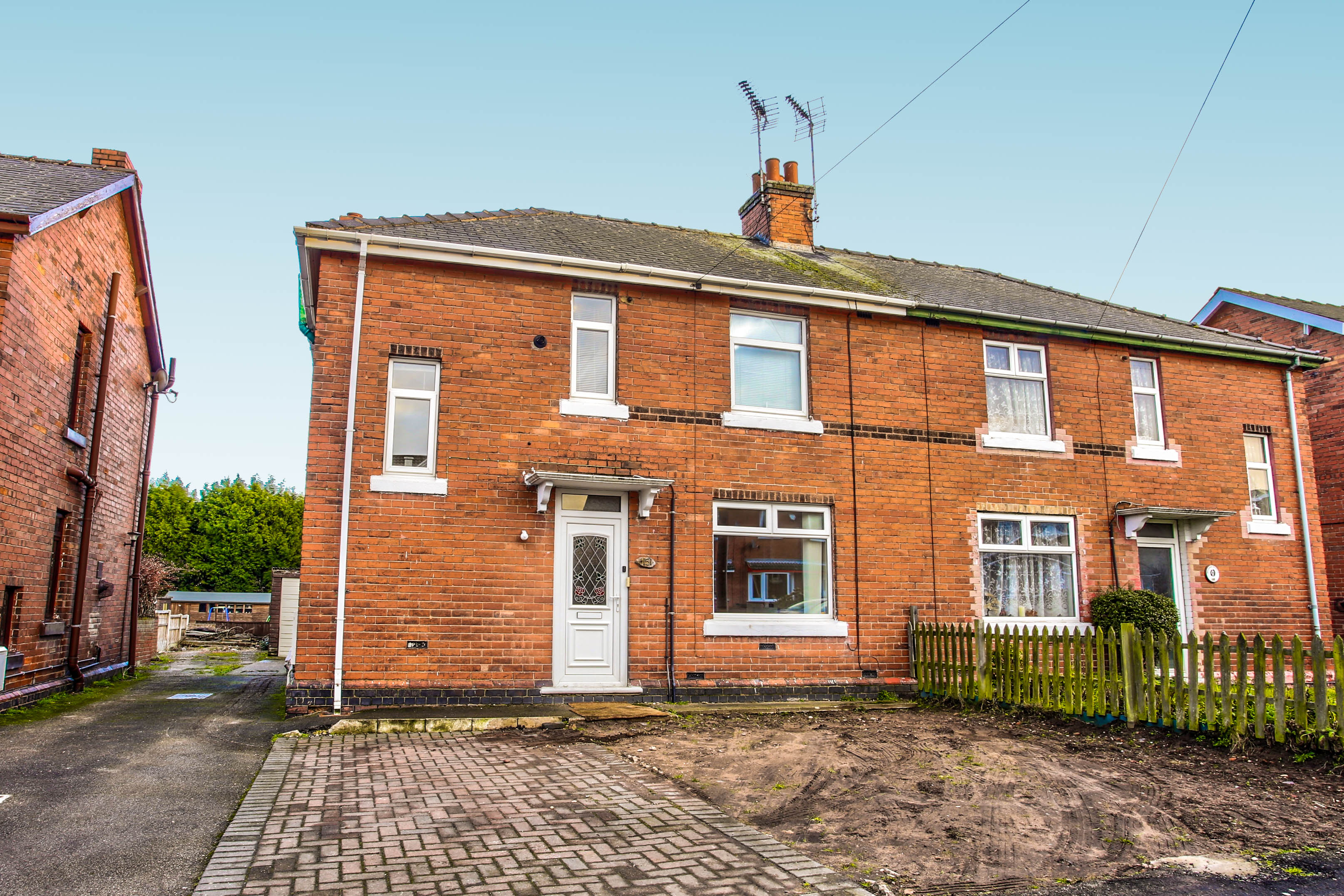 Property For Sale In Ollerton