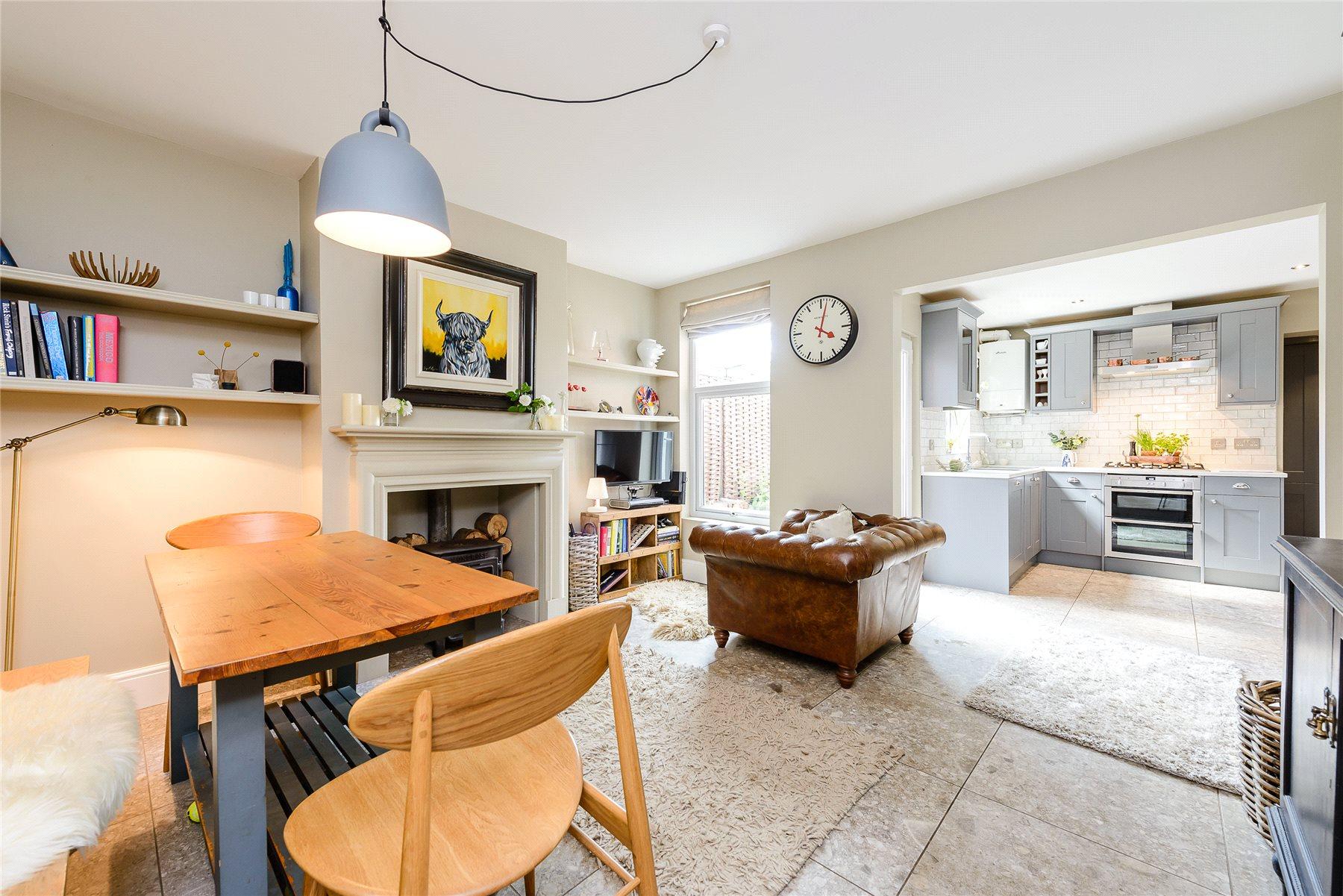 3 Bedroom Semi Detached House For Sale Woodstock Road