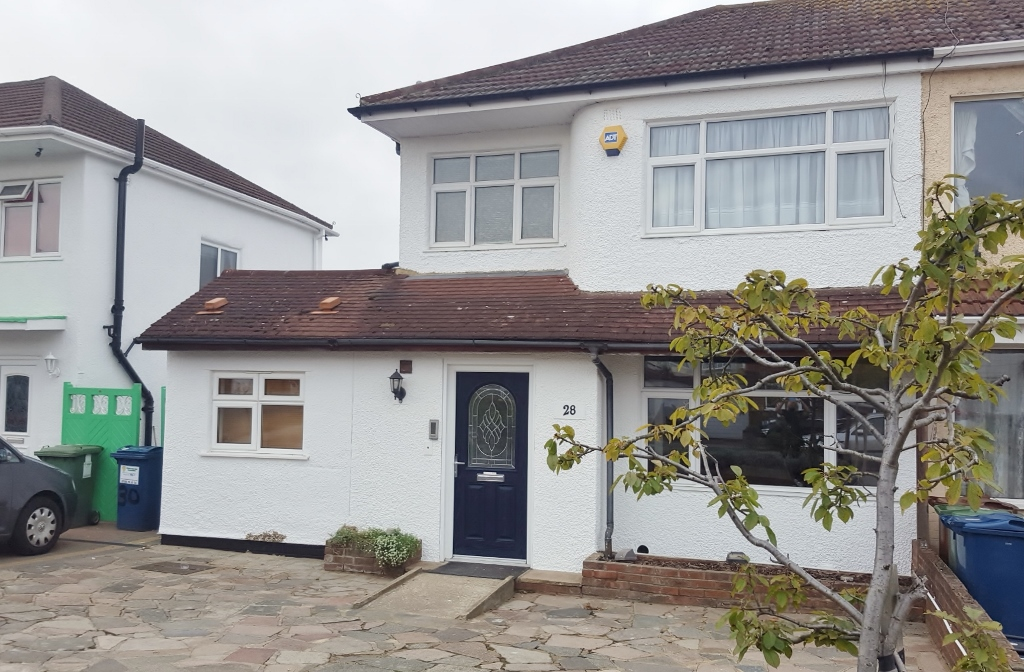 4 bedroom accessible semi detached house for sale for Completely wheelchair accessible luxury house for sale