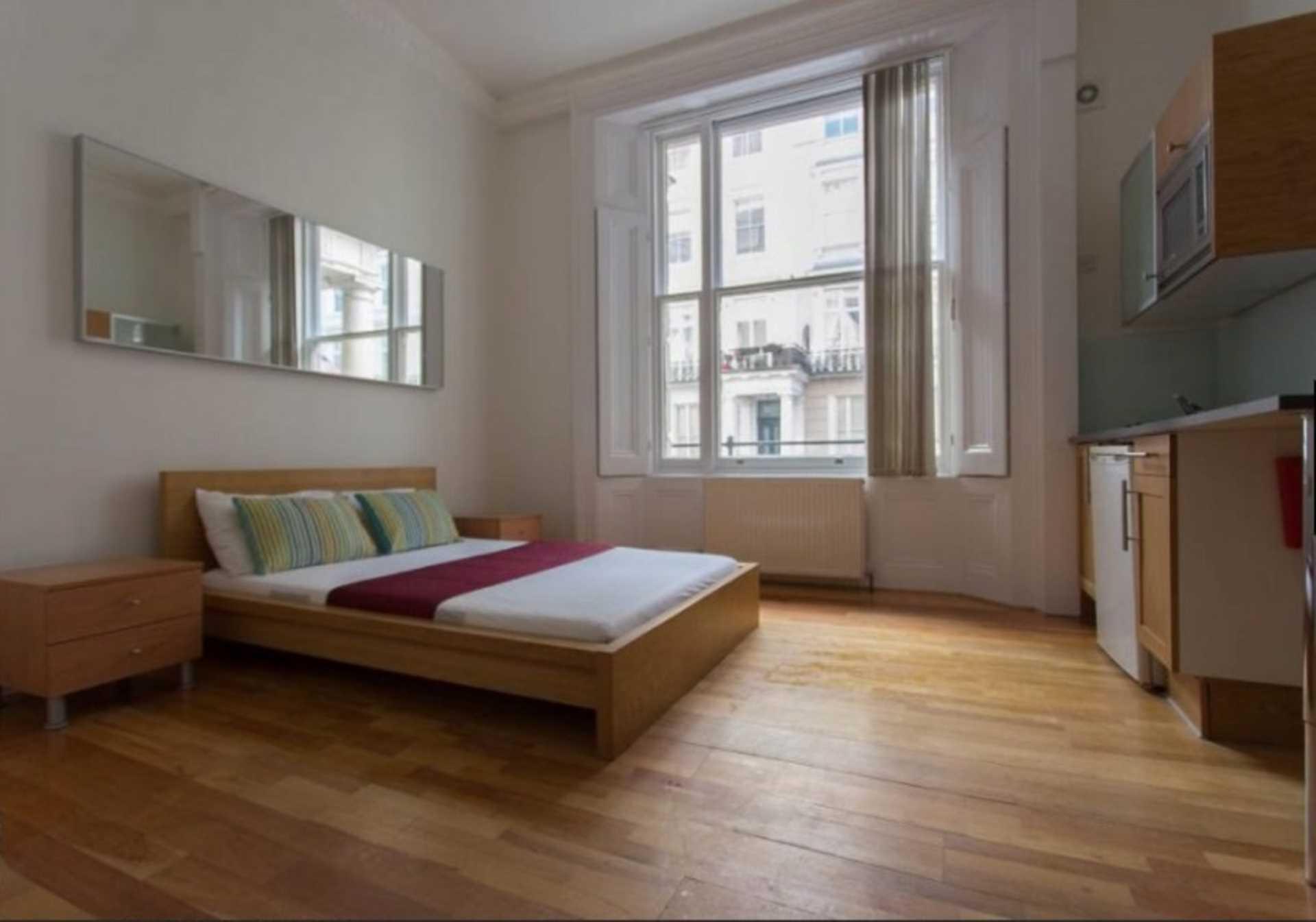 Studio flat to rent queensborough terrace london w2 3sh for 64 queensborough terrace bayswater london w2 3sh