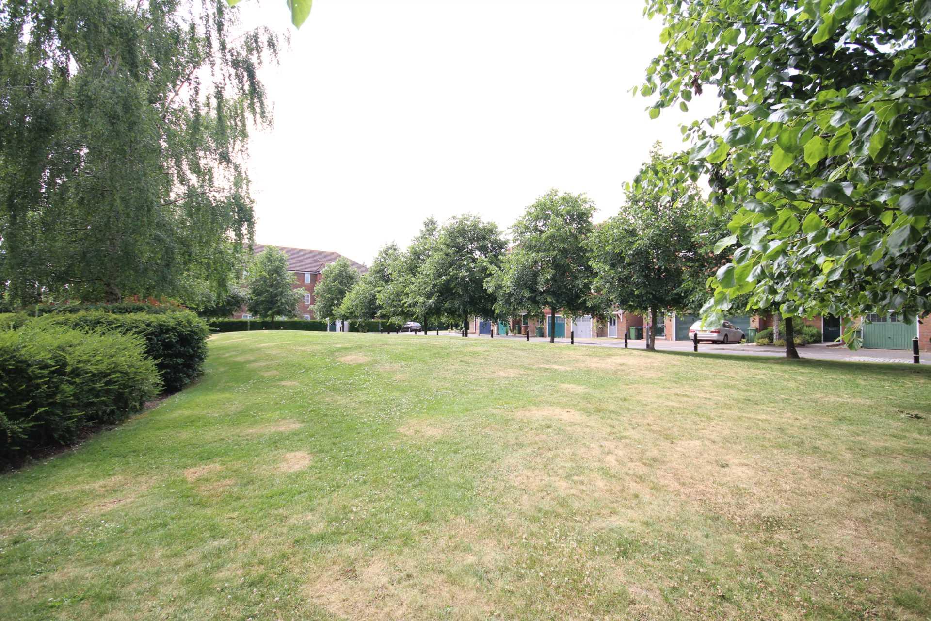 Property On Sale On Whitehead Way Aylesbury