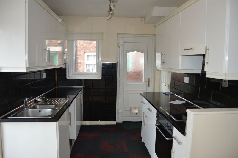3 Bedroom Semi Detached House To Rent Sheard Avenue Ashton Under Lyne Ol Ashton Under Lyne