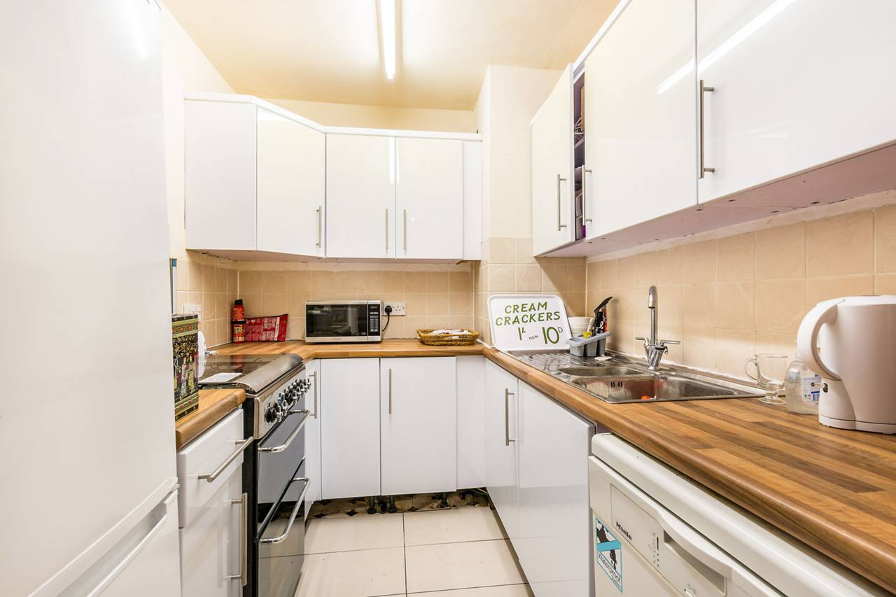 3 bedroom flat to rent inverness terrace queensway w for 2 6 inverness terrace