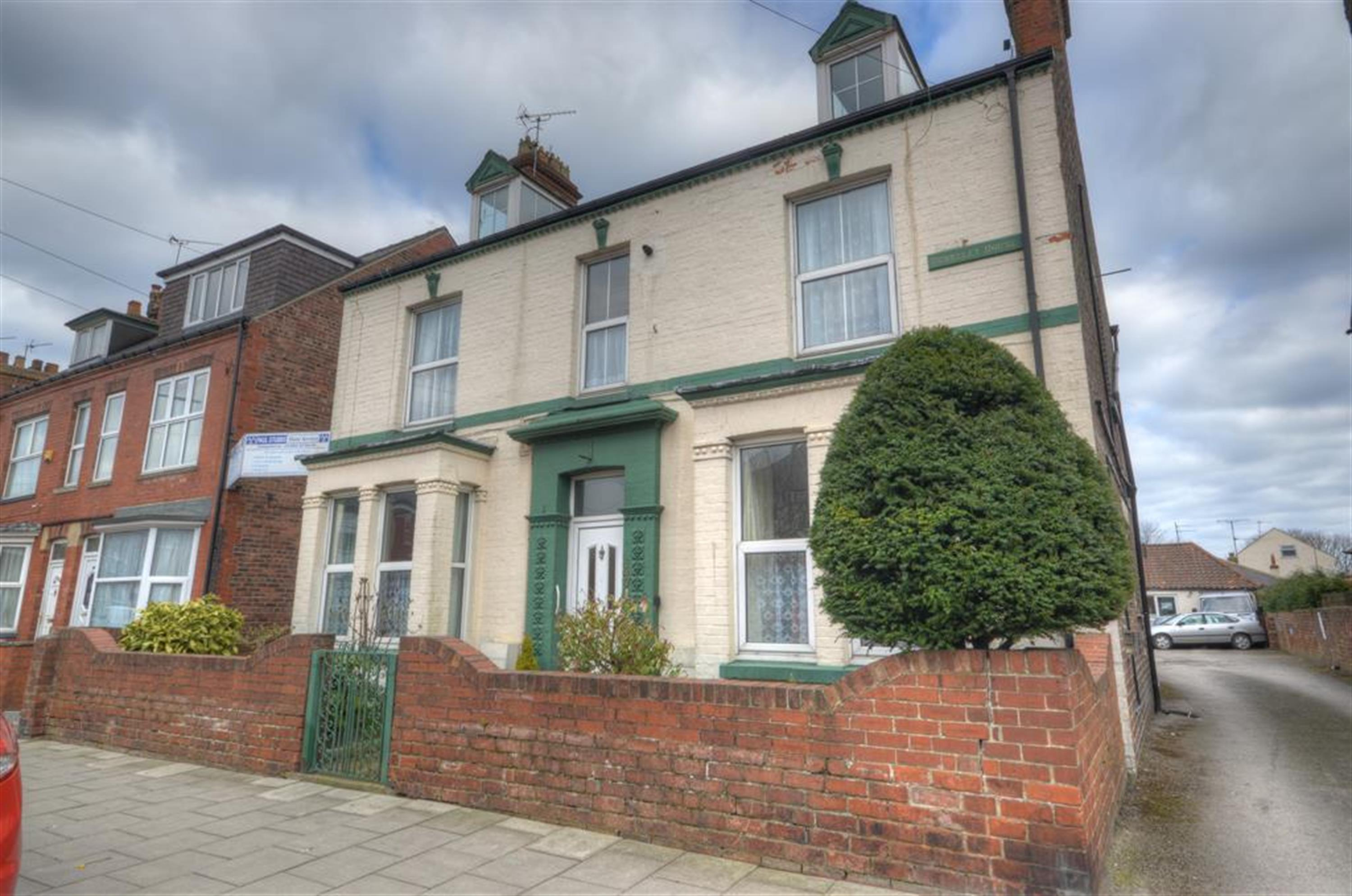 West Hill Estate Bridlington Properties For Sale