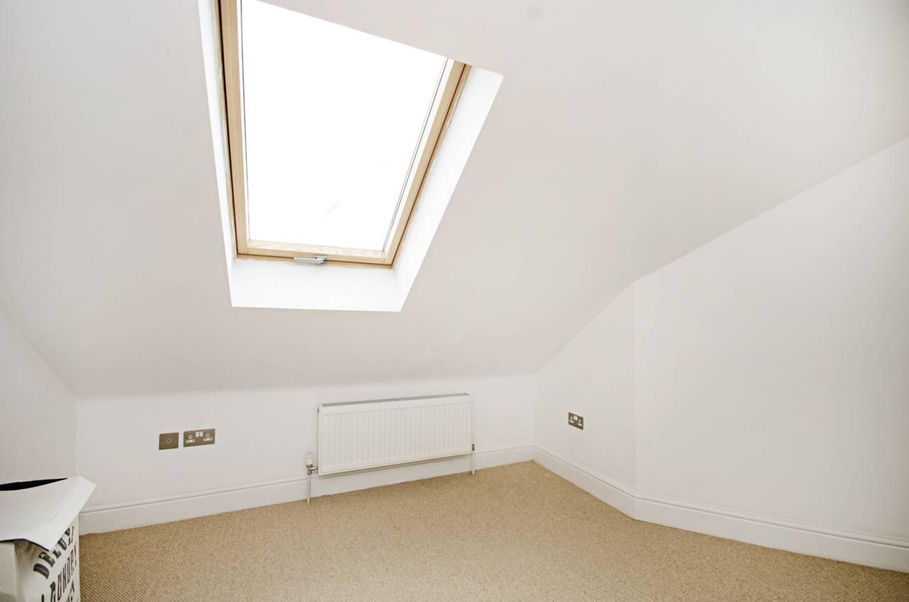 3 Bedroom Flat To Rent West Heath Road Hampstead Nw