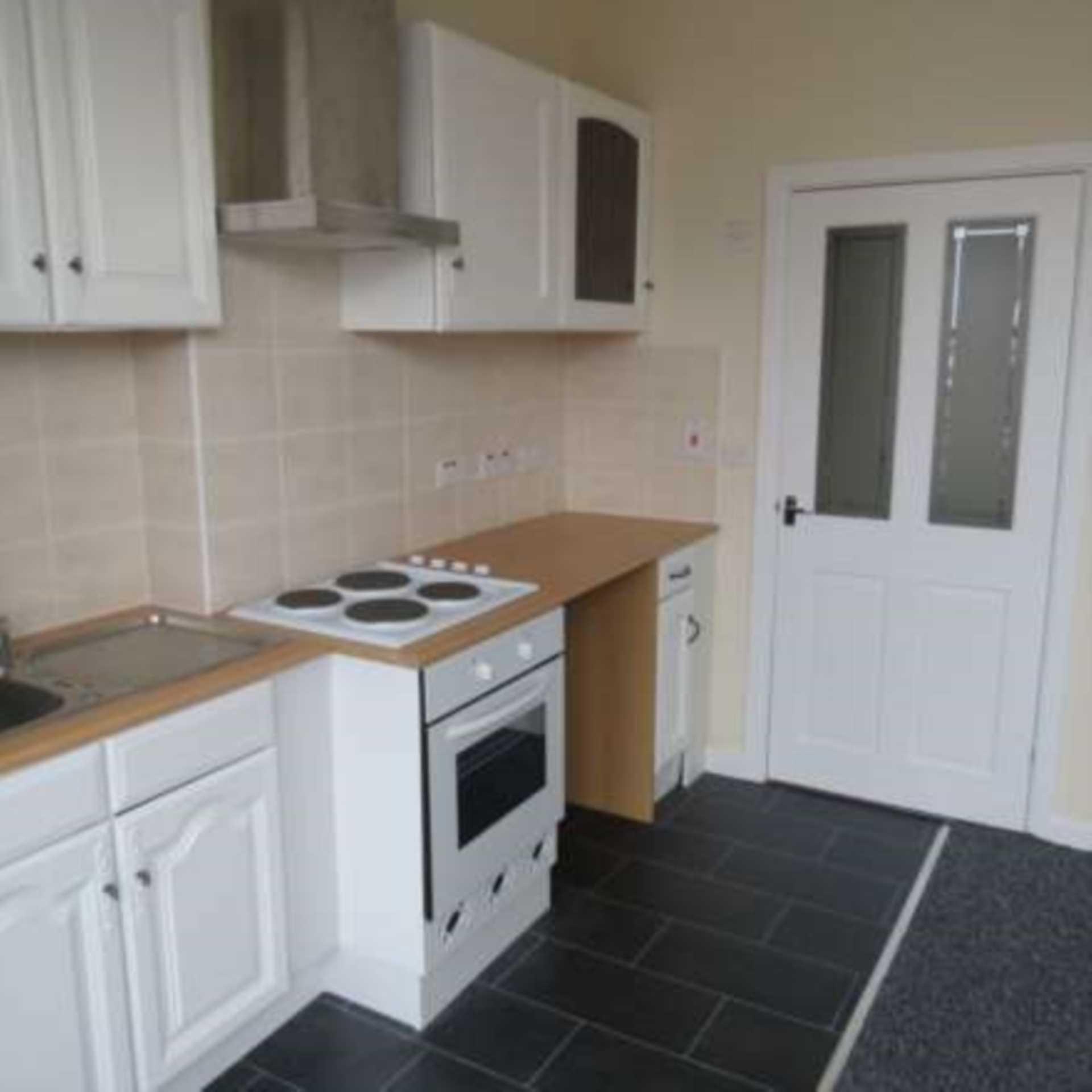 Flat Rental: 1 Bedroom Studio Flat To Rent, Holmfield Road, Blackpool
