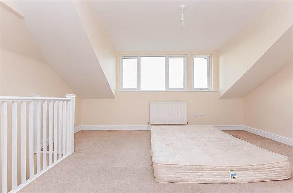 3 Bedroom Flat To Rent Spa Hill London SE19 3TU