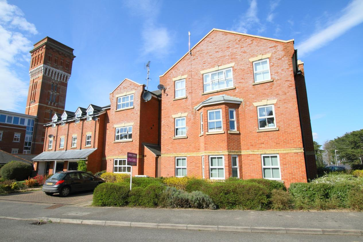 2 Bedroom Flat To Rent Tower View Chartham Canterbury