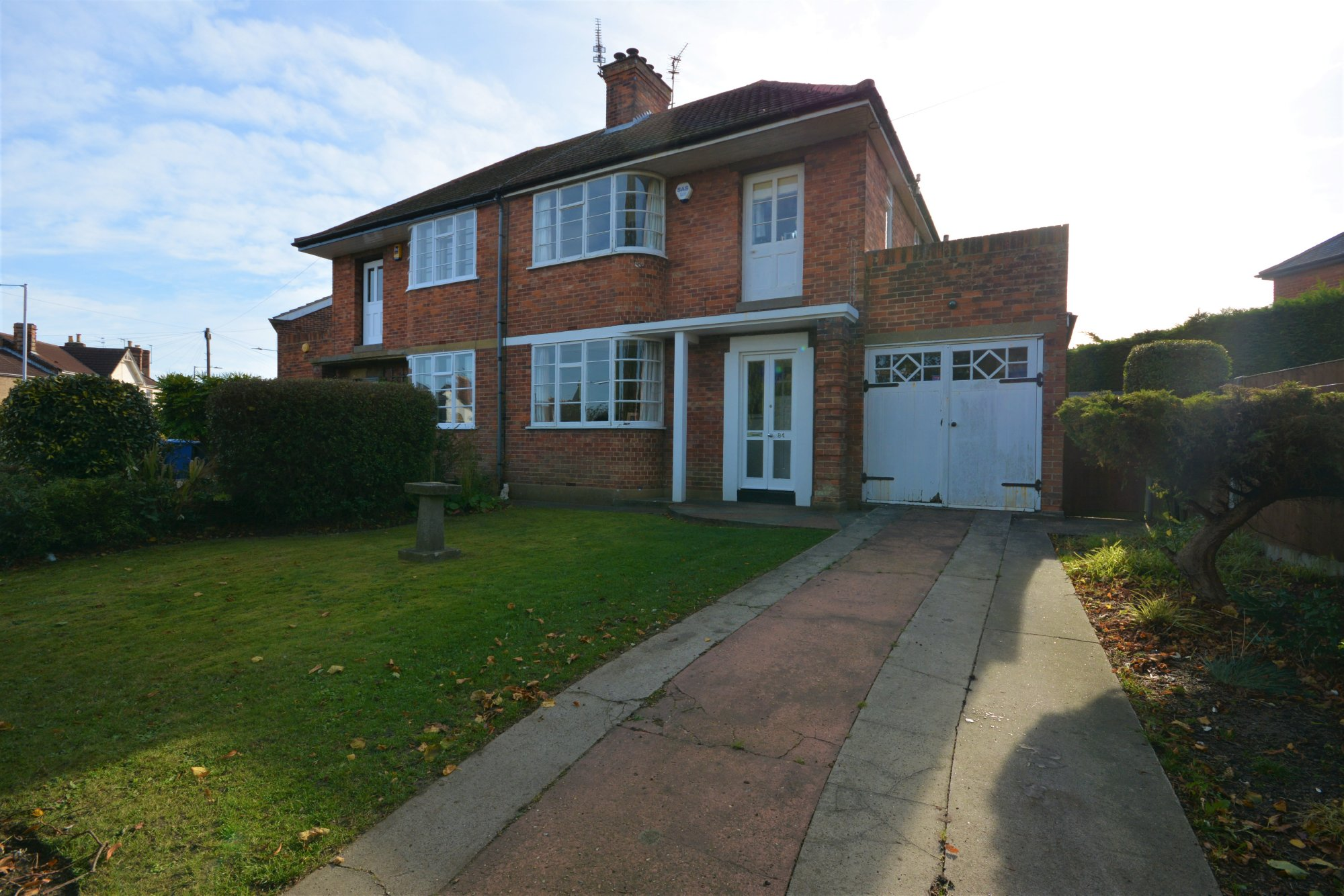 3 Bedroom Semi Detached House For Sale Kirkley Park Road