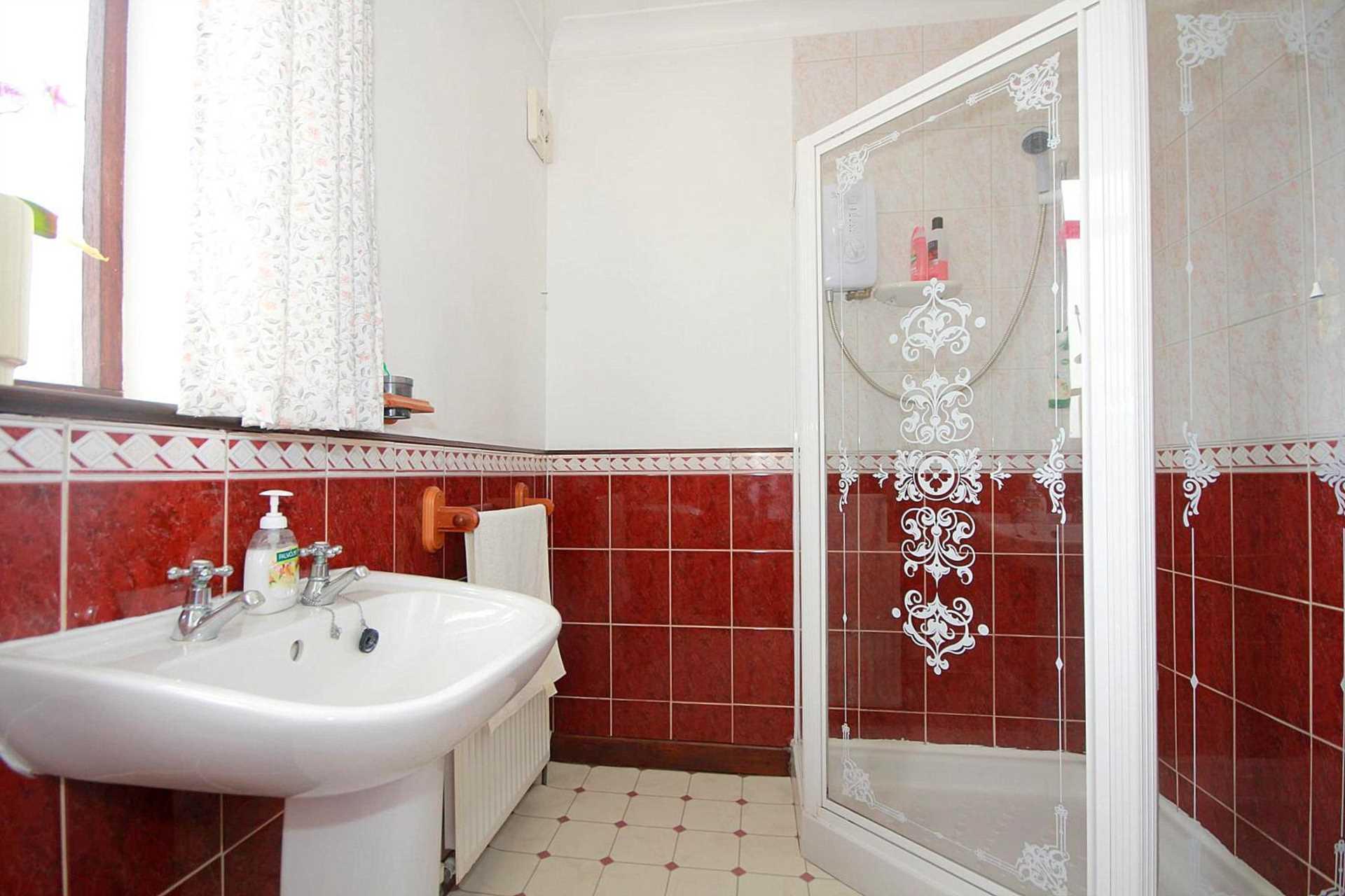 3 bedroom semi-detached house for sale, Kingsland Road ...