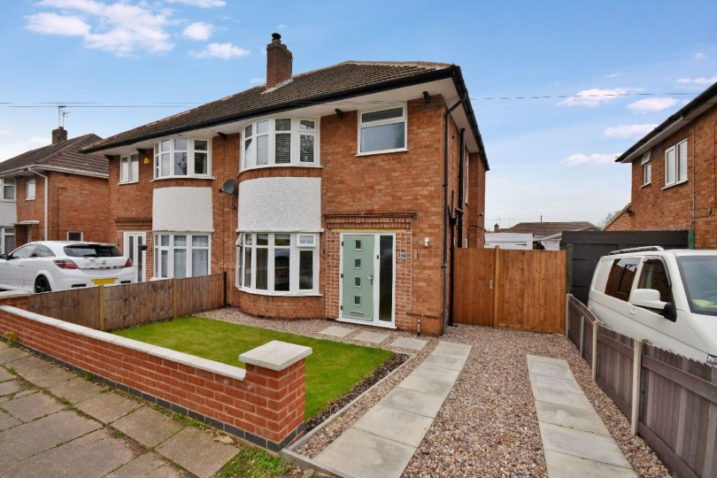 3 Bedroom Semi Detached House For Sale Oadby Road Wigston Leicester Le Le18 3pu