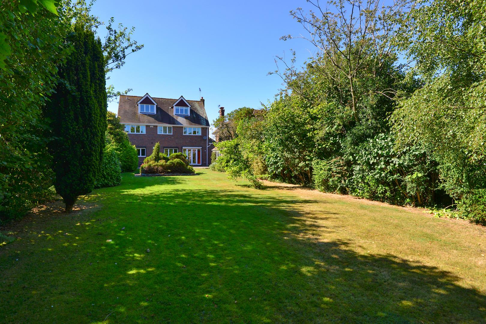6 Bedroom House For Sale Ashford Road Faversham Me Me13 8xw