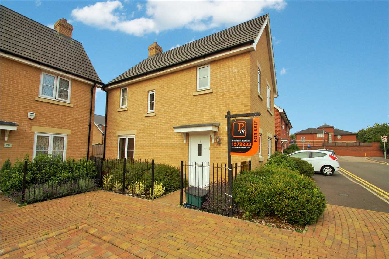 3 Bedroom Detached House For Sale Saw Mill Road