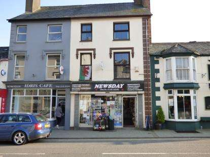 Property For Sale Castle Street Criccieth