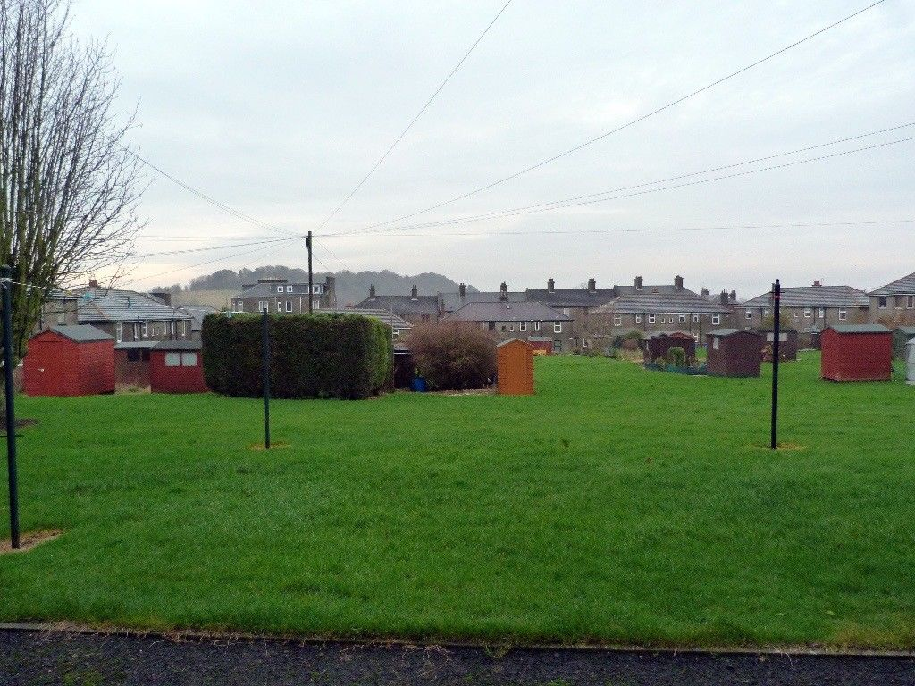 2 Bedroom Flat To Rent Lawside Road Dundee Dd3 6be