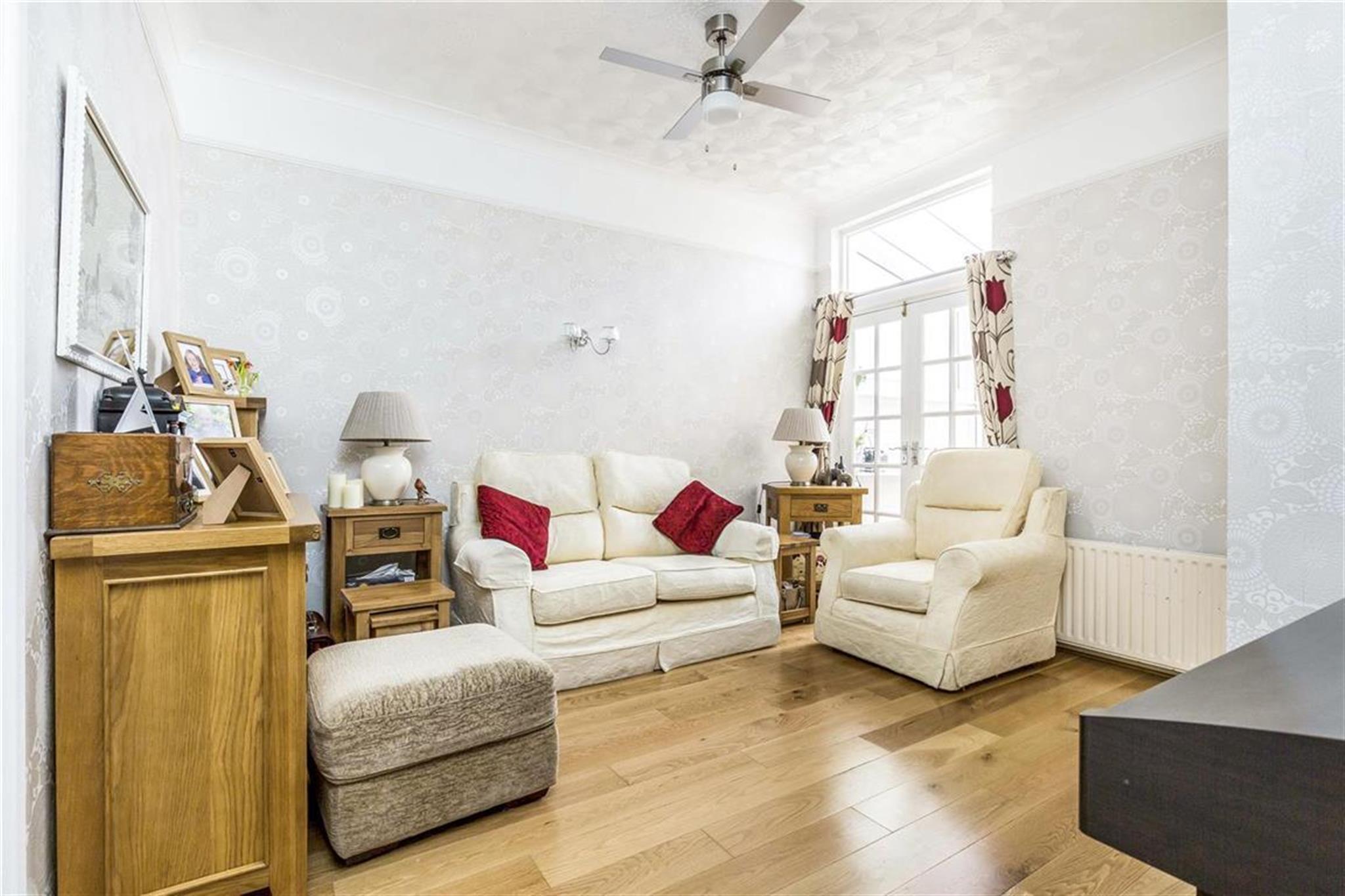 3 Bedroom House To Rent Parham Road Gosport Po12 4tz