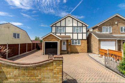Property For Sale Daws Heath Road Rayleigh