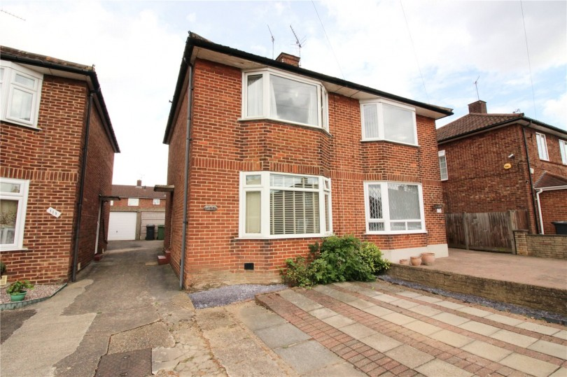 2 Bedroom Houses For Sale In Borehamwood 28 Images 2 Bedroom House For Sale In Bullhead Road
