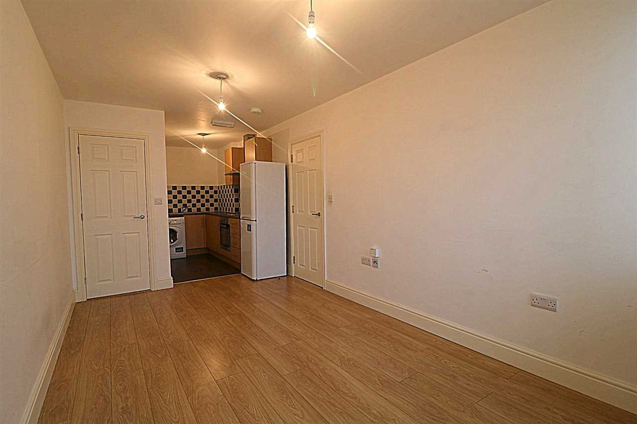 2 Bedroom Apartment To Rent Cambridge Road Harrowden Mk42 0lh