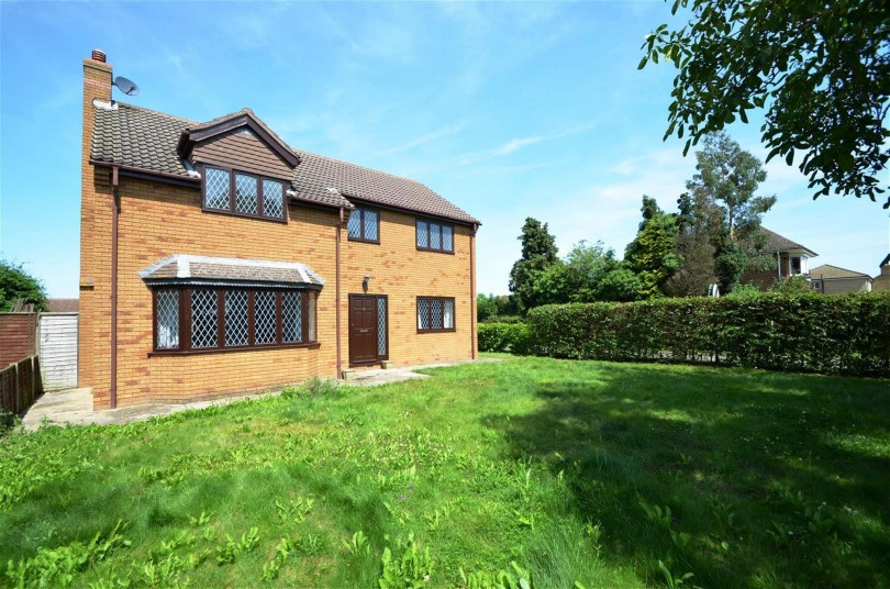 Property For Sale On Leverington Common